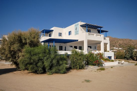 Crystal Naxos Studios & Apartments