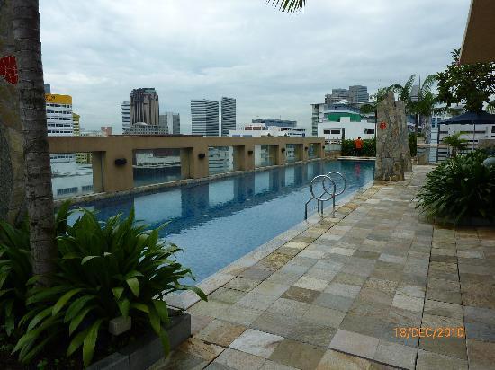 Swimming Pool Picture Of Somerset Bencoolen Singapore Tripadvisor