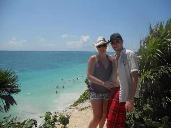 Grand Bahia Principe Tulum : Just above the beach on a cliff at the Tulum Ruins