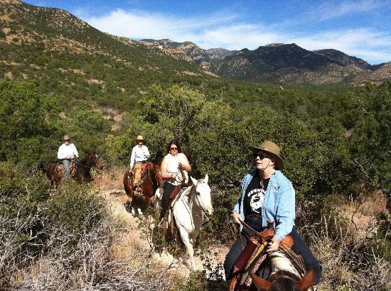 Price Canyon Ranch: A family ride together