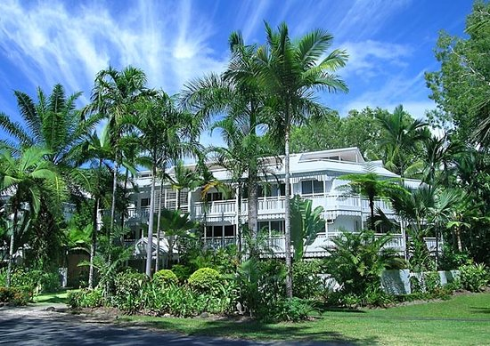 Apartments at The White House Port Douglas: Queenslander style