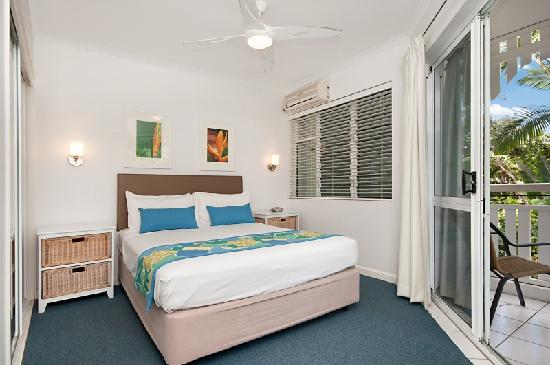 Apartments at The White House Port Douglas: comfortable, quality beds