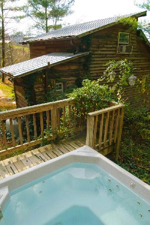 Broadwing Farm Cabins: The Hot Tub...filled with natural mineral water.