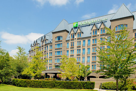 Holiday Inn Hotel & Suites North Vancouver: Award winning full service hotel