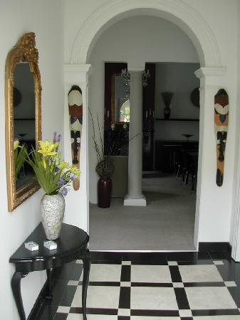 4 On Varneys: Entrance