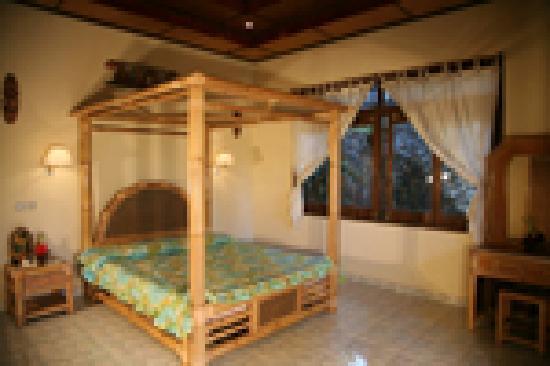 Nick's Hidden Cottages : bedroom