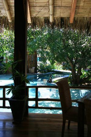 Pranamar Buddha Eyes: view from restaurant to pool