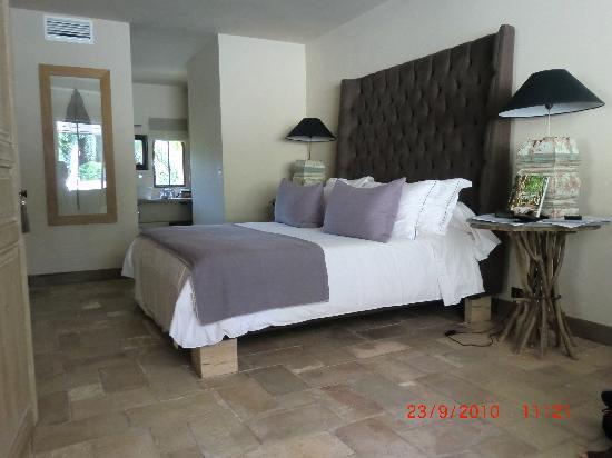 Maison 9: Beautiful room