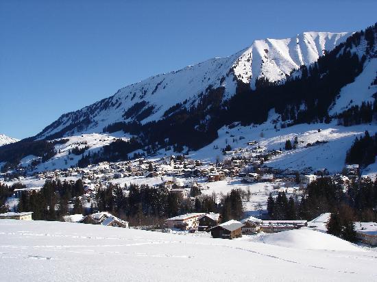 Riezlern, ออสเตรีย: Blick aus dem Hotelzimmer