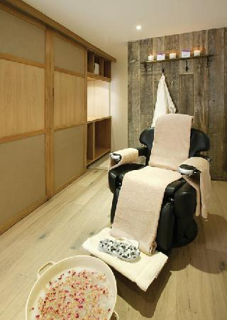 St. Moritz Hotel: The Cowshed Spa
