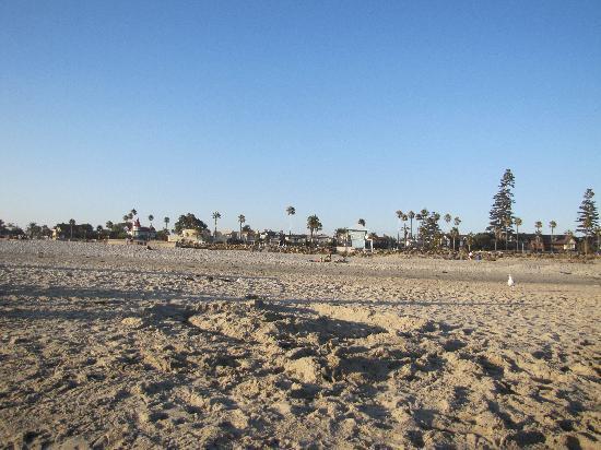 El Rancho Motel: spiaggia enorme