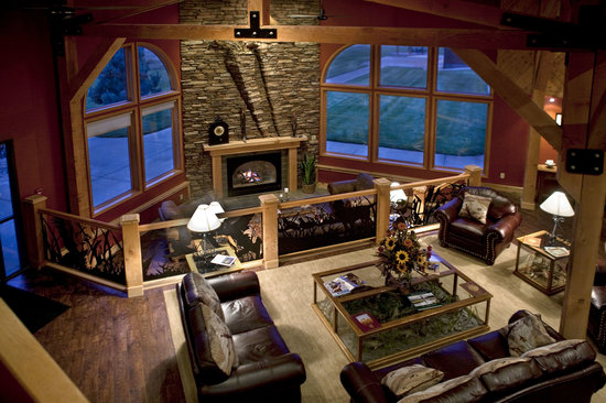 Cheyenne Ridge Signature Lodge : Great Room by the Fireplace