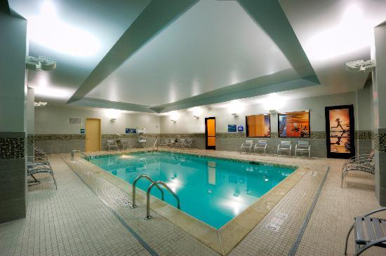 Residence Inn Portsmouth Downtown/Waterfront: Indoor Saline Pool