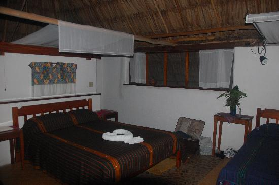 Pook's Hill Lodge: Cabaña interior