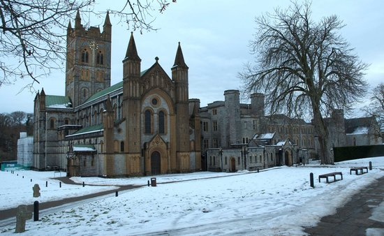 Buckfastleigh, UK: Buckfast Abbey in winter