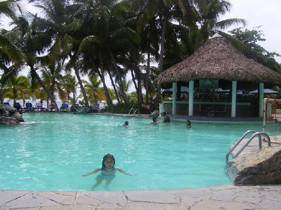 Coral Costa Caribe All Inclusive, Juan Dolio: piscina