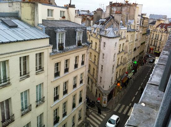 Hotel Dauphine Saint Germain : View from room 52