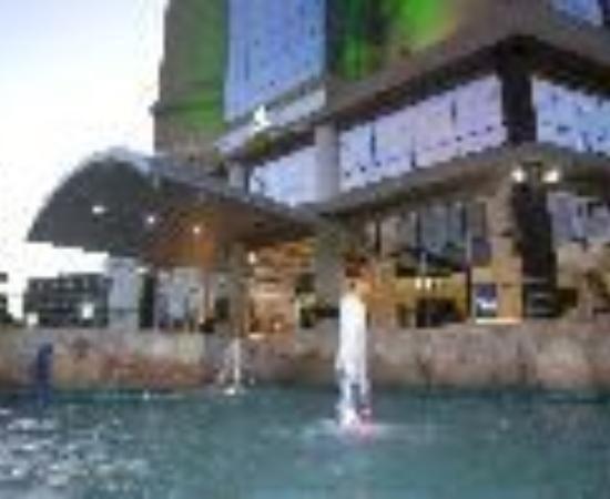 Holiday Inn Dar Es Salaam City Centre Thumbnail