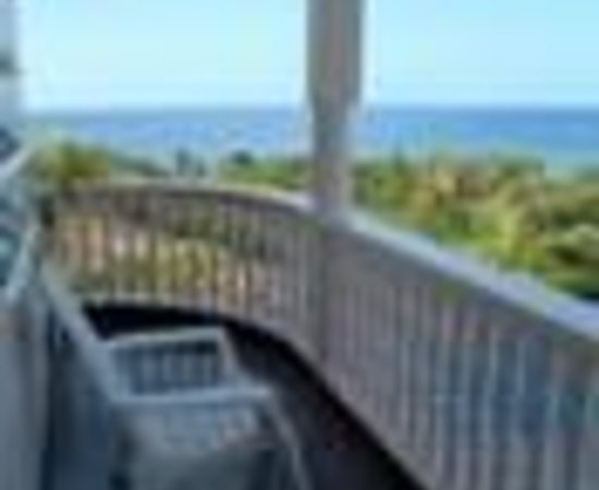 Island Bay Boutique Hotel: Morning Bird Apartment Hotel Thumbnail