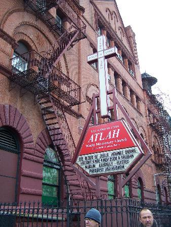 Welcome to Harlem: ATLAH World Missionary Church with anti-Obama sign