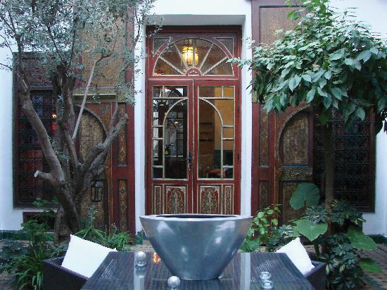 RIAD AYADINA : Un patio
