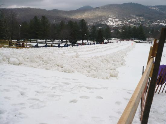 The Banner Elk Inn, B&B and Cottages: Tubing at Sugar Mtn!