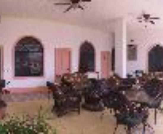 Hotel Santo Tomas Thumbnail