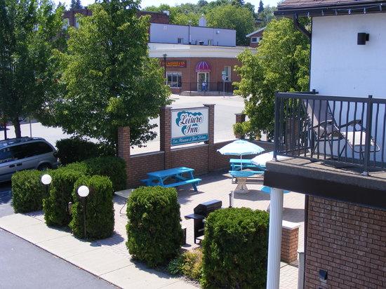 Leisure Inn Hotel : beautiful surroundings
