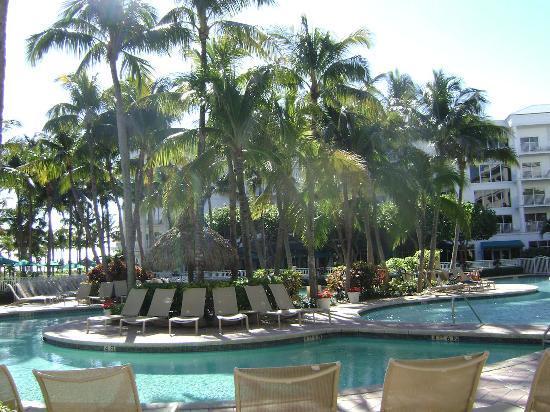 Lago Mar Beach Resort Club Pool