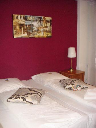 Hotel Station Zug: Comfy bed