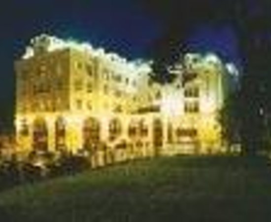 Killarney Plaza Hotel and Spa Thumbnail