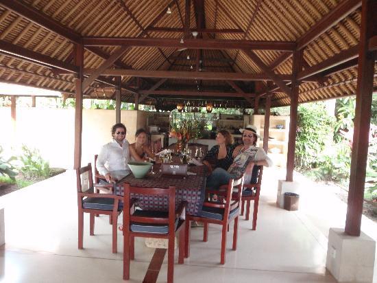 Villa Pantulan: Our Christmas Lunch at Pantulan