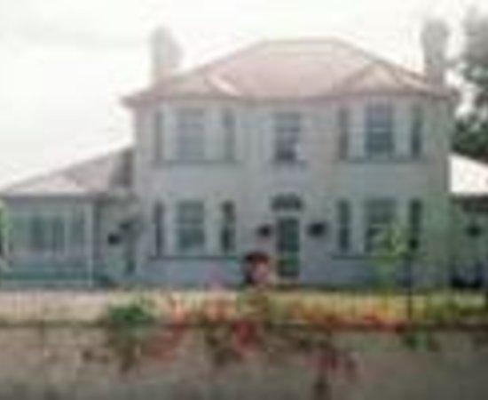 White House B&B Raheen Thumbnail