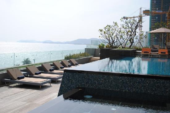 Sheraton Nha Trang Hotel and Spa: pool