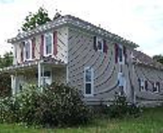 Sleepy Hallowell Bed and Breakfast Picture