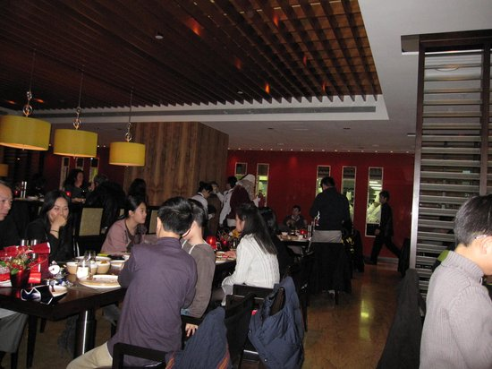 Cafe Causette - Mandarin Oriental Hotel: Fellow diners