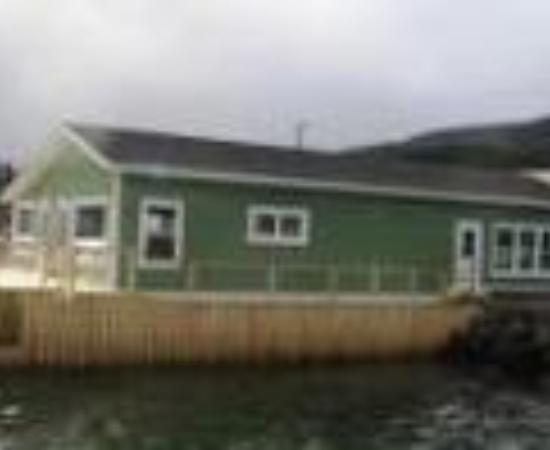 Seaside Suites Gros Morne Newfoundland Thumbnail