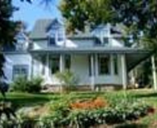 Heritage Hideaway Bed and Breakfast Thumbnail