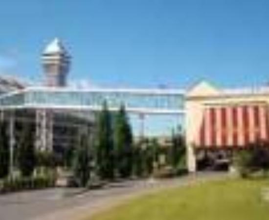 Skyline Hotel & Waterpark: Skyline Inn Thumbnail