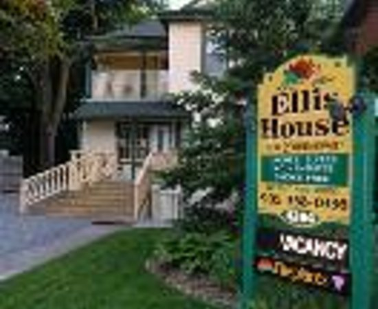 Ellis House Bed and Breakfast Thumbnail