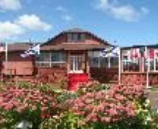 بيكتو لودج بيتش فرونت ريزورت: Pictou Lodge Beachfront Resort Thumbnail