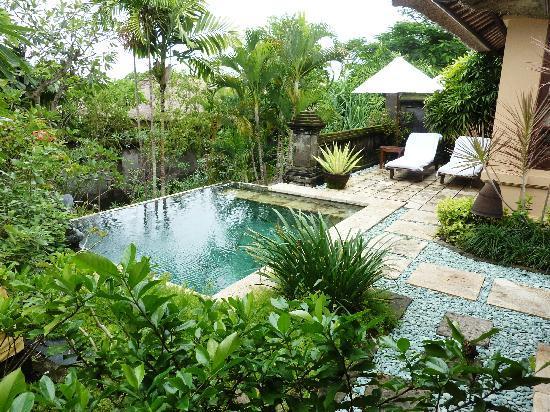 Four Seasons Resort Bali at Jimbaran Bay: swimming pool
