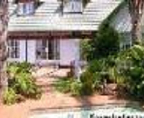 Journey's Inn Africa : Green Palms Guesthouse Thumbnail