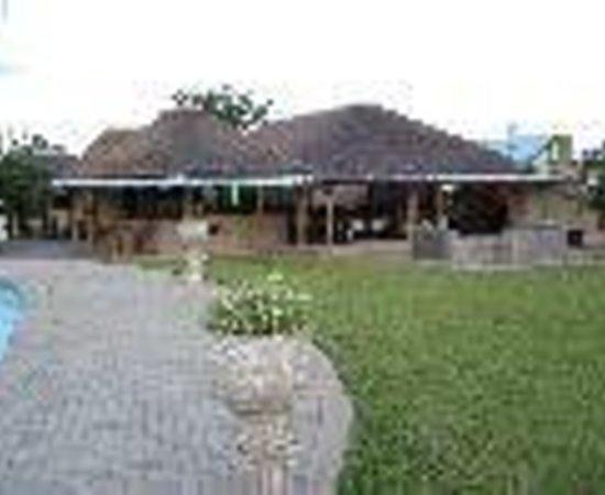 อีแลงเจนี่ ลอดจ์: Elangeni Lodge Thumbnail