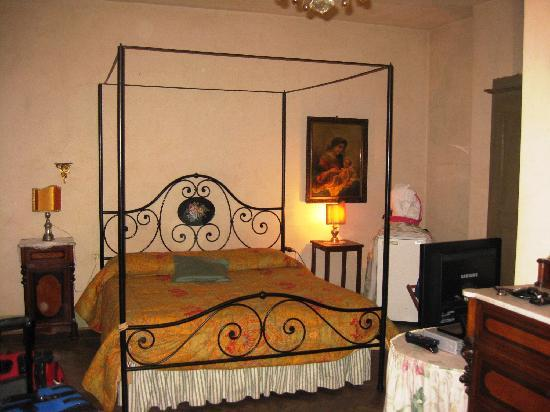 Casa Biancalana: Our exquisite bedroom
