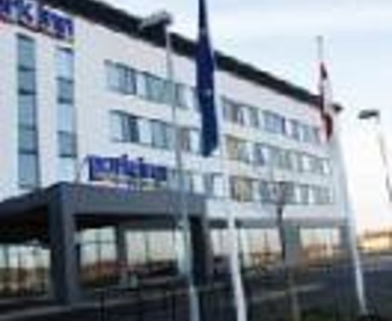 Holiday Inn Express Rotherham-North: Park Inn Rotherham Thumbnail