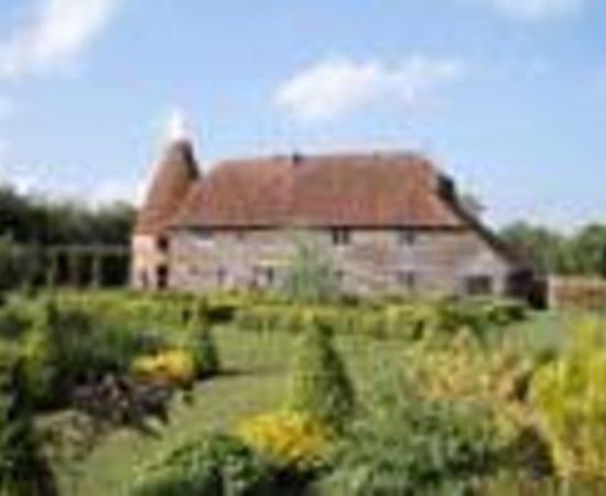 Cloth Hall Oast B&B Thumbnail