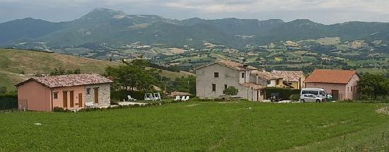 Il Casato: Agriturismo Marche Il Casatconsits of 3 structures s depicted here.