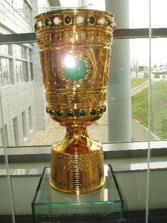 Mönchengladbach, เยอรมนี: DFB Pokal 1995