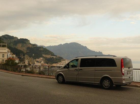 Iaccarino Sorrento Limousine Service: View of Amalfi